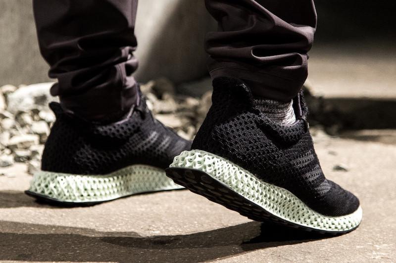 阿迪达斯量产3D打印跑鞋:未来人4D