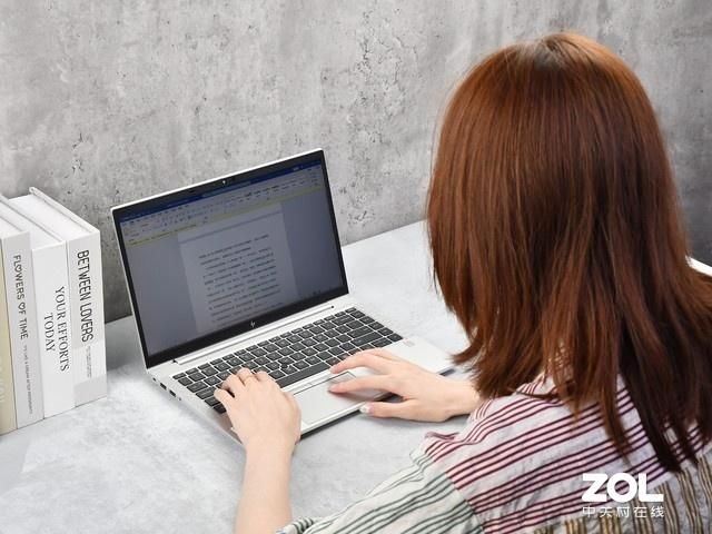 键盘手感不输ThinkPad 这款笔记本想不火都难
